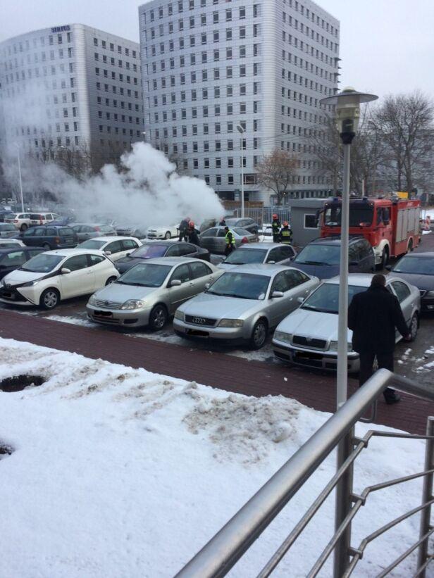 Pożar auta w Mordorze Poloniusz / Kontakt 24