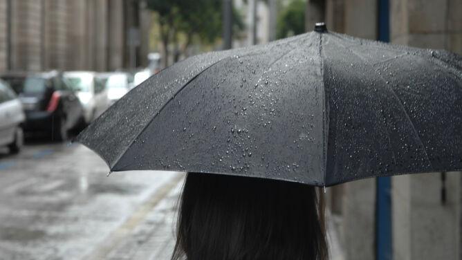 Prognoza pogody na dziś: <br />chłodno, pochmurno i deszczowo